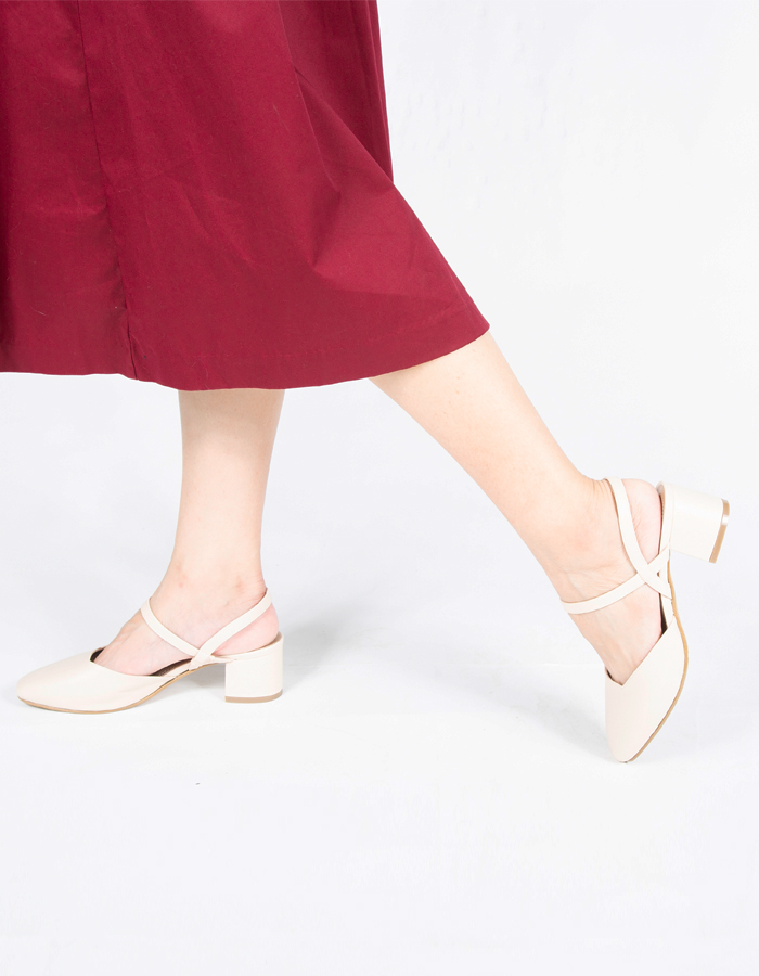 CUT OUT ANKLE STRAP HEELS #25995