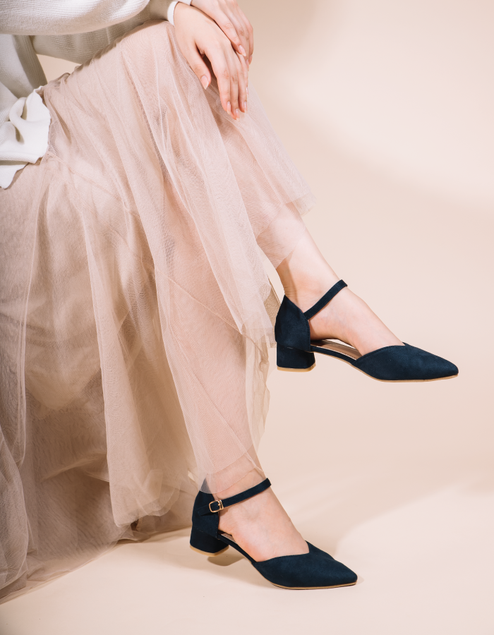 VELVET POINTED TOE BLOCK HEEL #25954