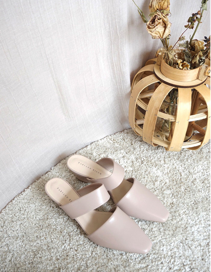 FAUX LEATHER MULES WITH STRAP #26260