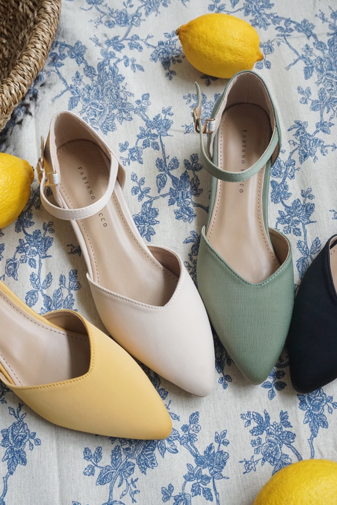 POINTED TOE MARY JANE COVERED FLATS #26451